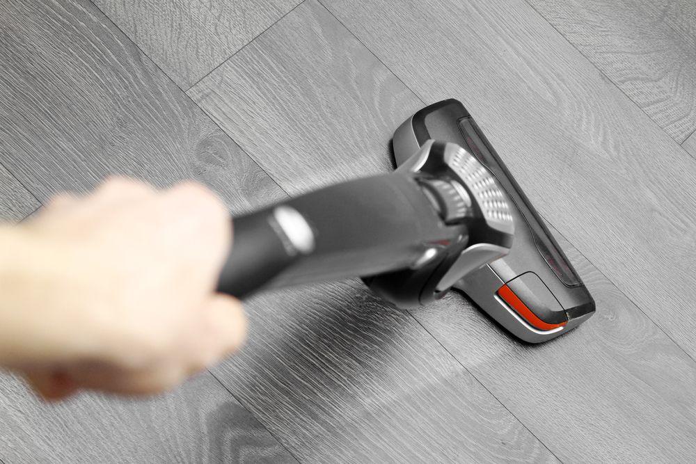 10 Best Cordless Vacuum For Hardwood Floors