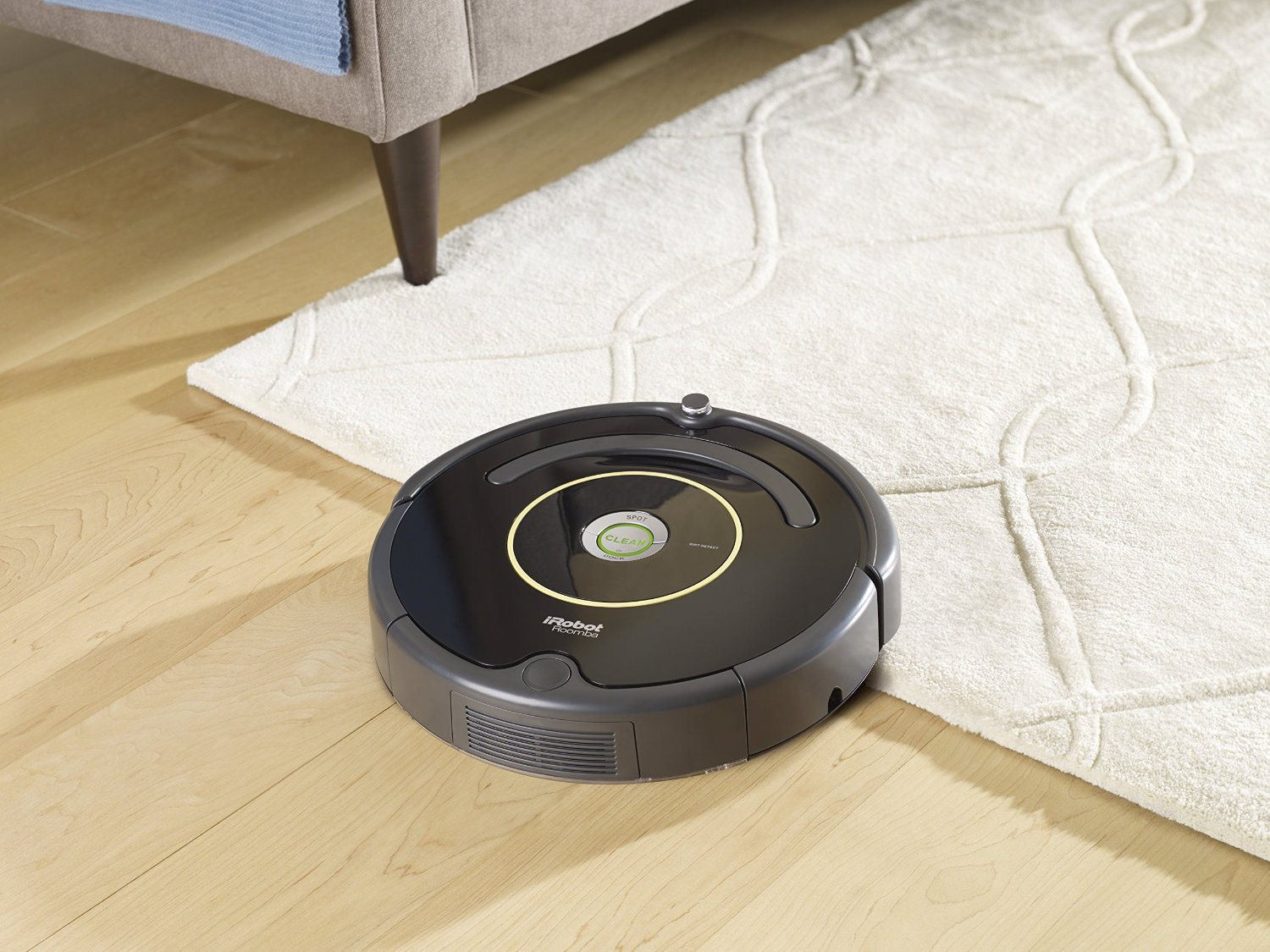 iRobot-Roomba-614-Vacuum-Cleaning-Robot-01