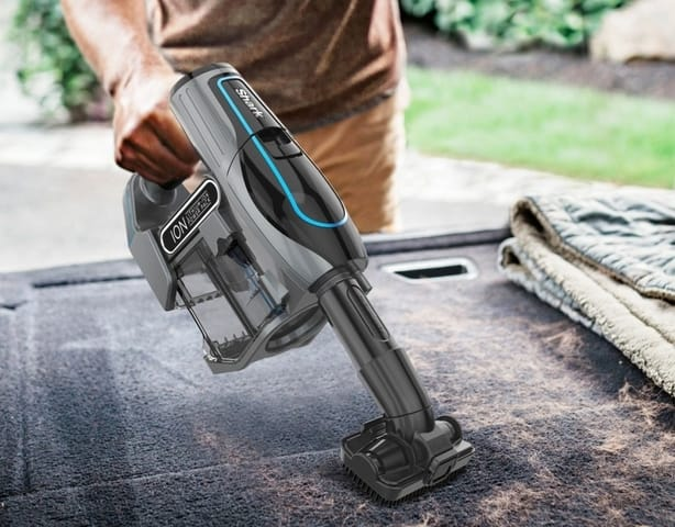 ION-Flex-handheld-car-cleaning